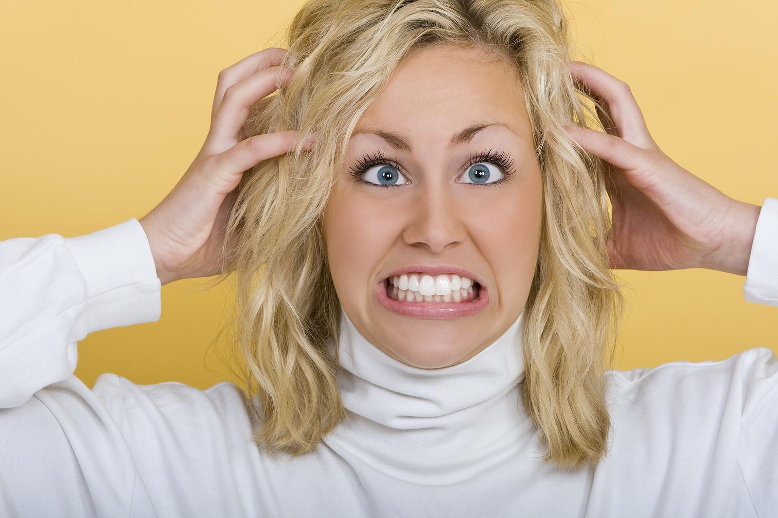 Чешется голова и выпадают волосы стресс