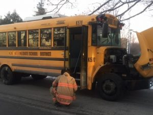 635876649753111892-school-bus-in-sink-hole--John-Linsley