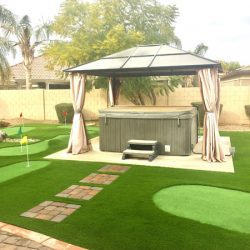 Synthetic turf lawn and putting green in Phoenix by 21st Century Grass