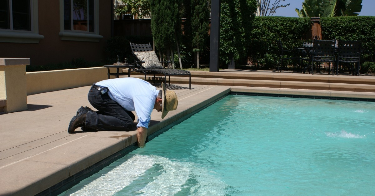 Swimming Pool Cleaning Scottsdale: Maintaining Your Pool Between ...