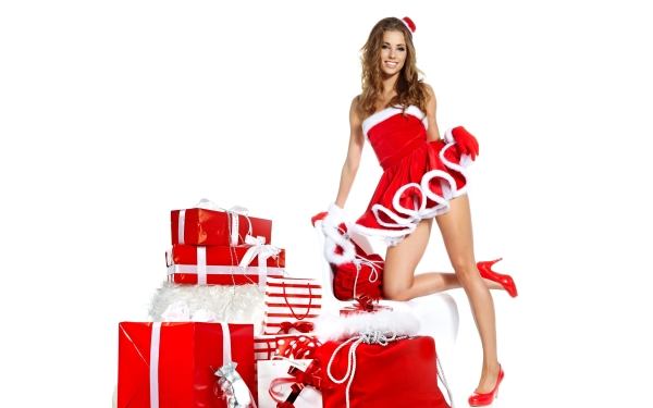 beautiful-santa-girl-and-gifts-600x375