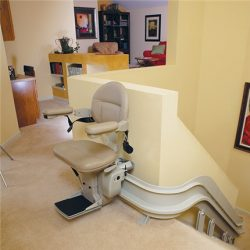 Stairlift on Top Floor With Curved Rail System