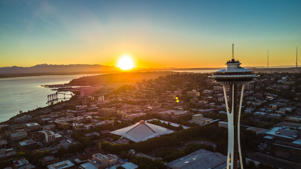 A stunning image of the setting sun over Seattle, WA.