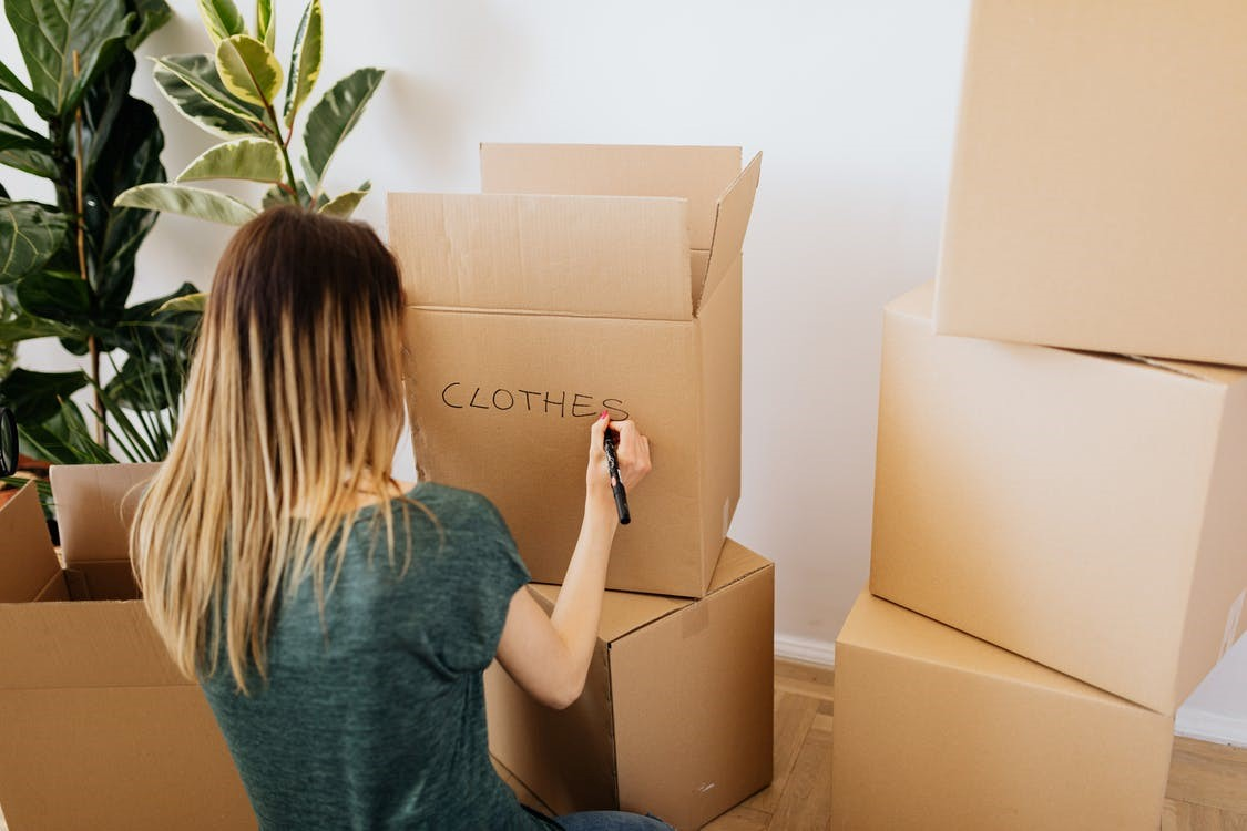 Movers service helping you pack in Kent.
