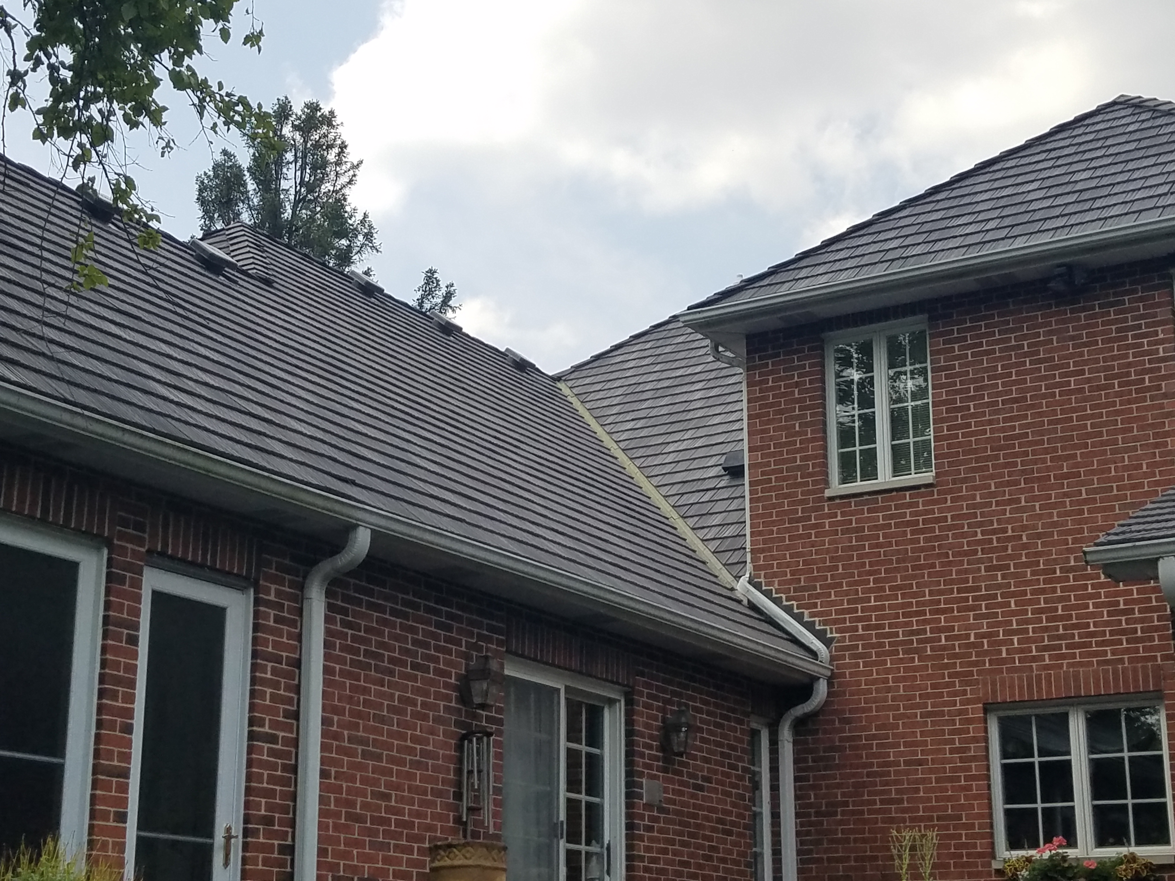 A shot of a beautiful roof on a home in Naperville