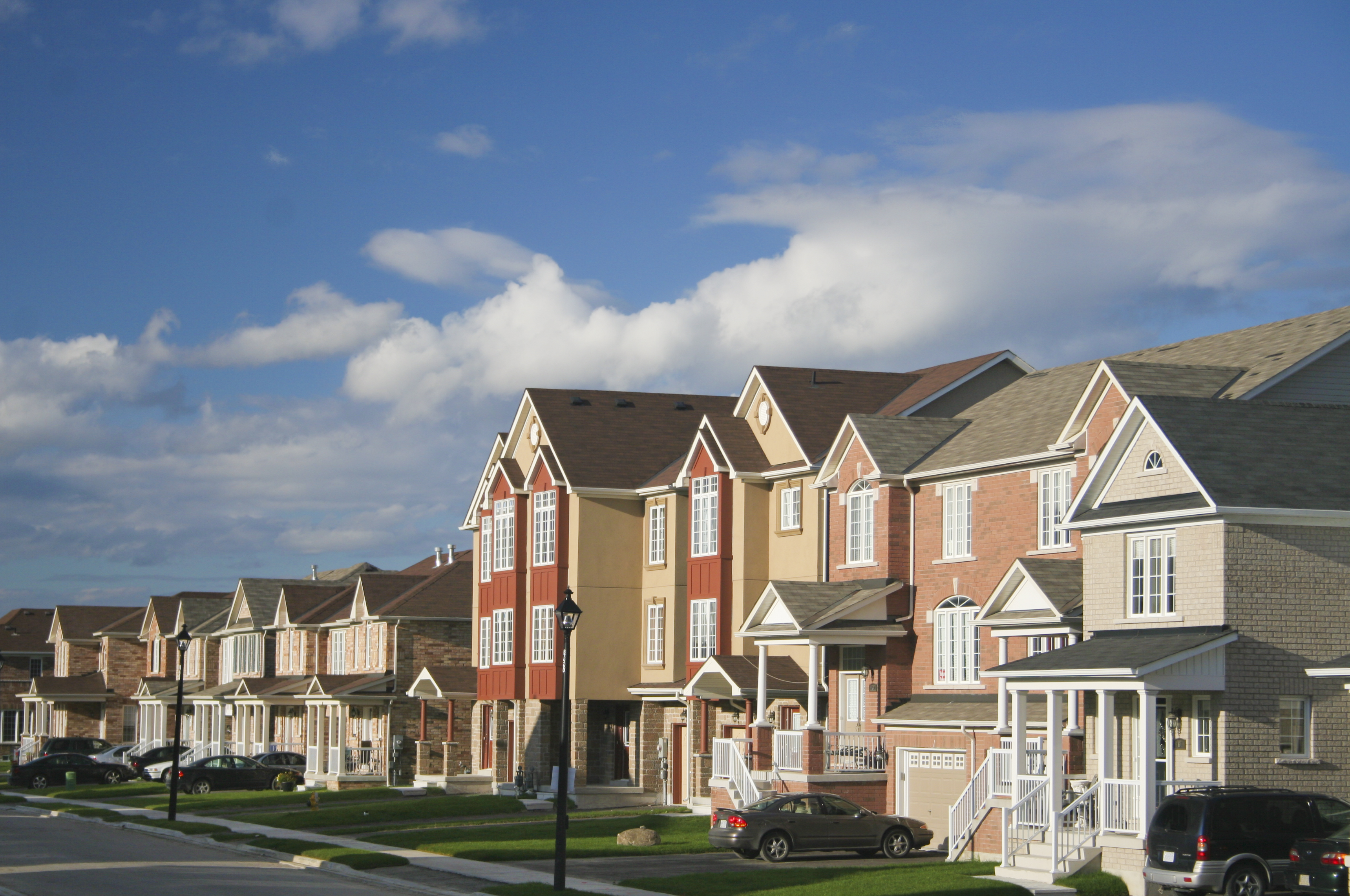 A row of homes in Schaumburg, IL