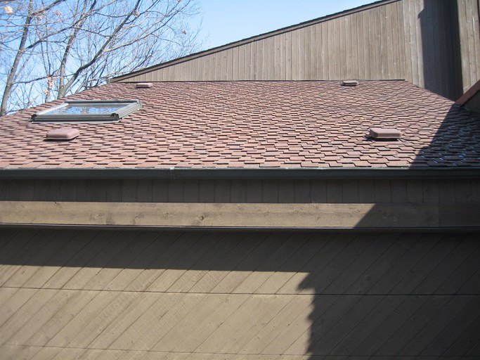 A shot of a roof in Lombard