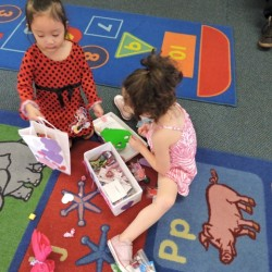 Child Development Center-Valentine's Day Card Exchange-Adventures In Learning