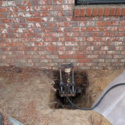 Hydraulic Lift Under Home Foundation