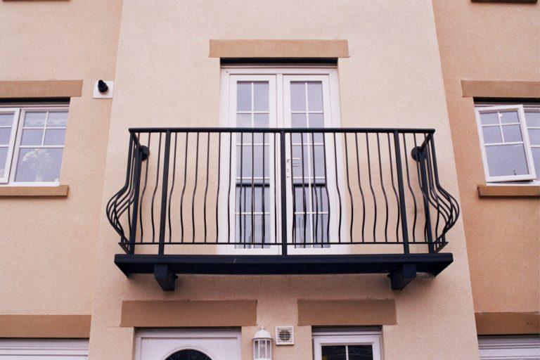 balcony-1-768x512
