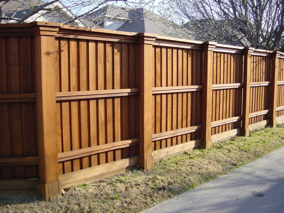wooden fence chicago wood fencing illinois wood privacy fence 60652 americana ironworks. Black Bedroom Furniture Sets. Home Design Ideas