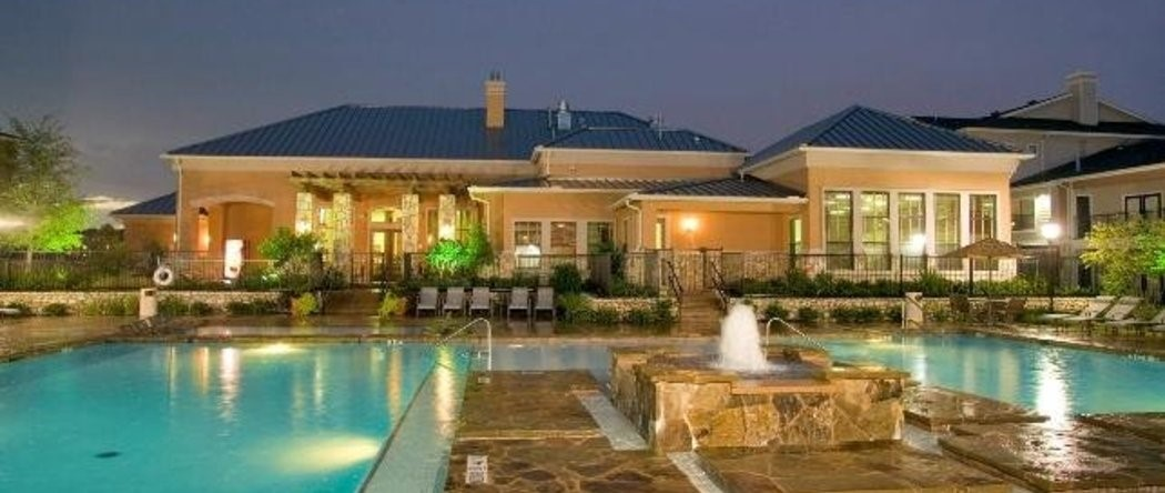 Pool View of a luxury apartment in Houston