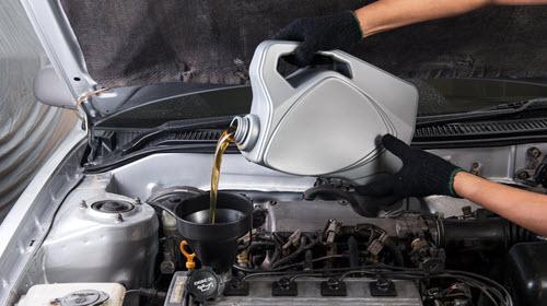 Land Rover Engine Fuel Filling