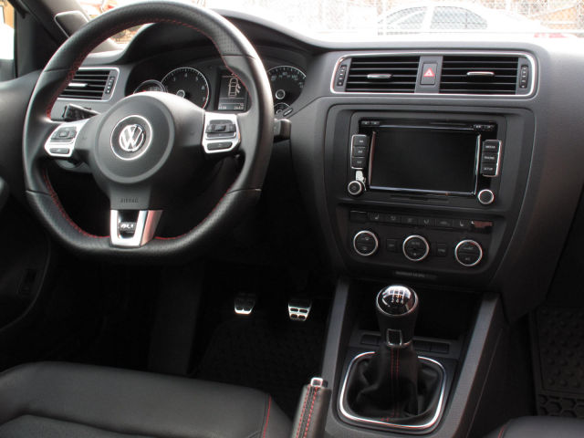 VW Vehicle Dashboard
