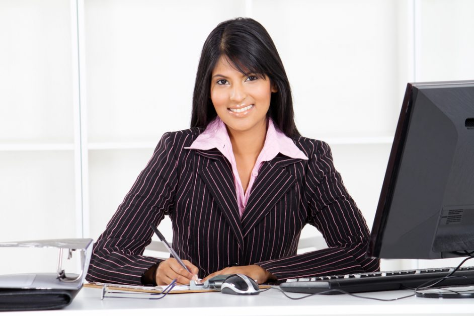 Female Financial Advisor in Naples FL