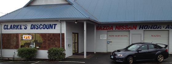 Clarke's Discount Shop in Aloha