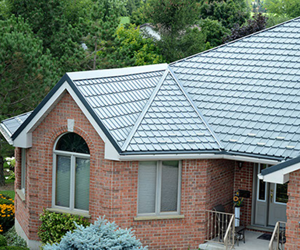 Best Steel Roofing Contractors in Linwood