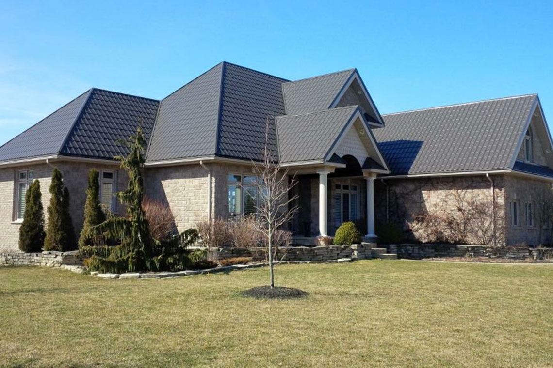 Steel Roofing Contractors in Linwood