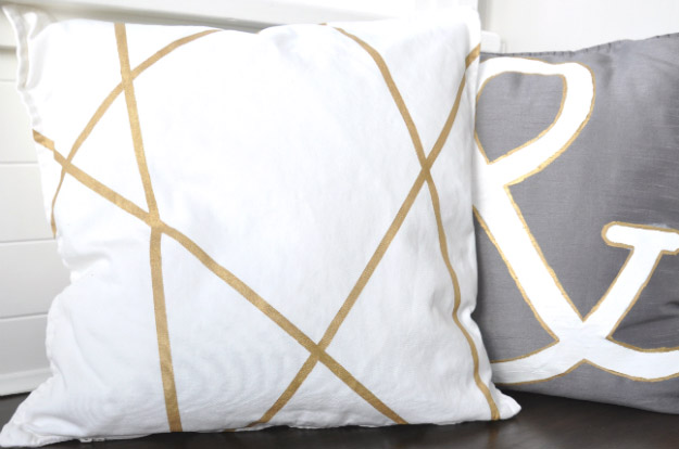 house-updated-pillows-2