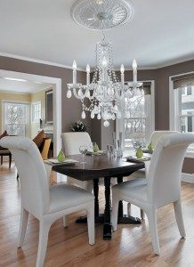 white-crystal-chandelier-modern-dining-room-218x300