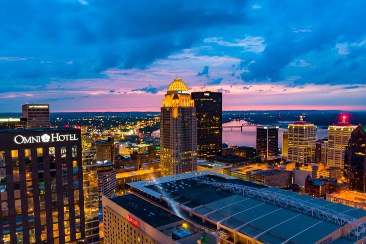 Louisville Kentucky Scheduled Tours