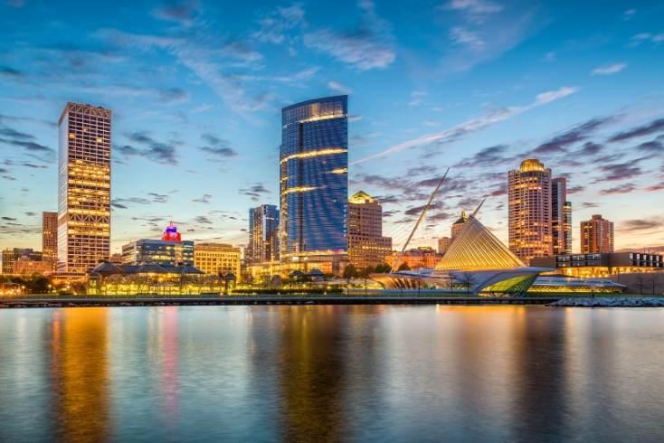 Milwaukee Scheduled Tours