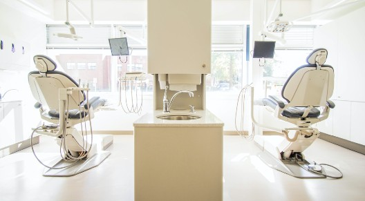 image of a dentist chair