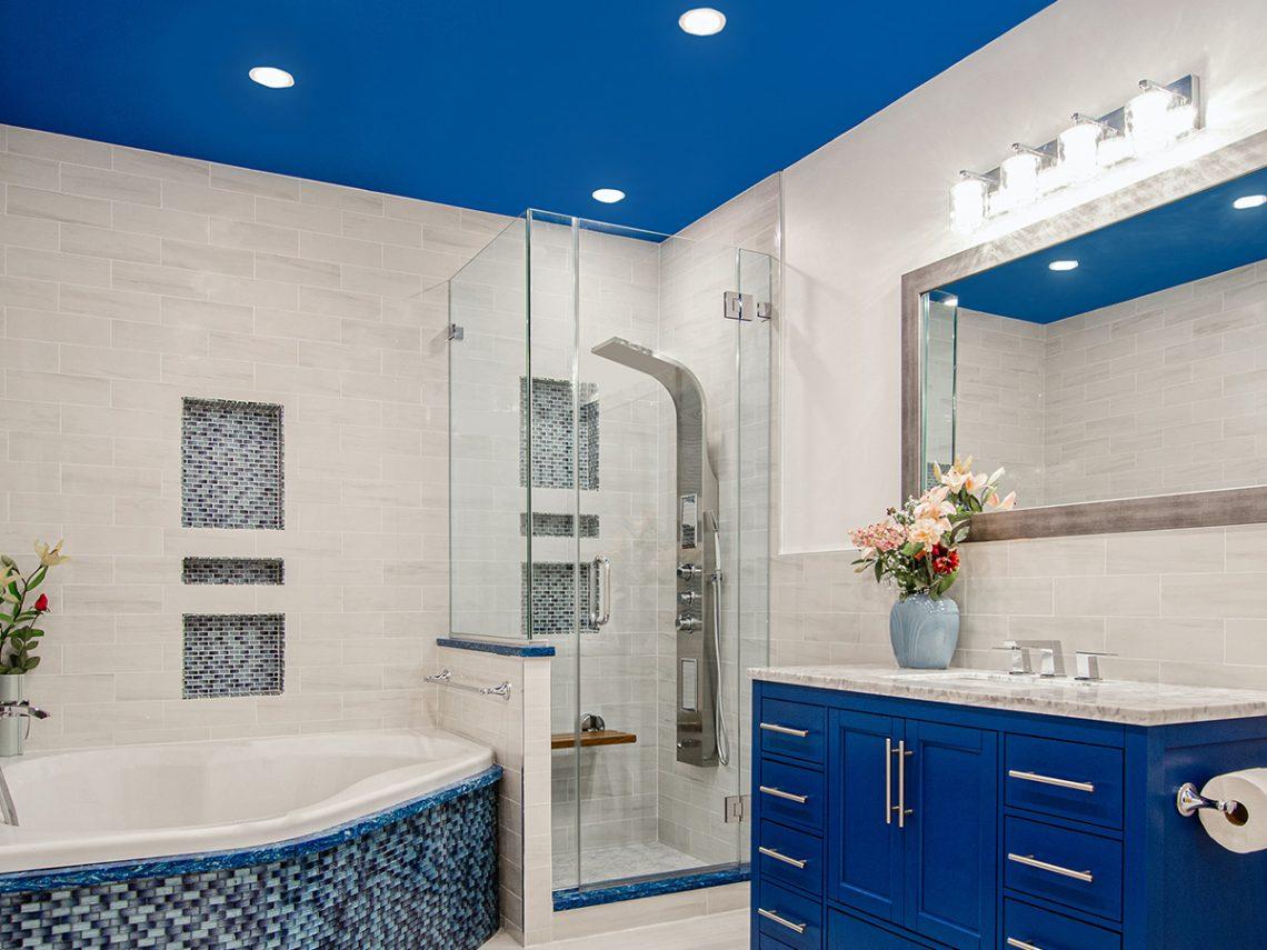 photo of bathroom lighting