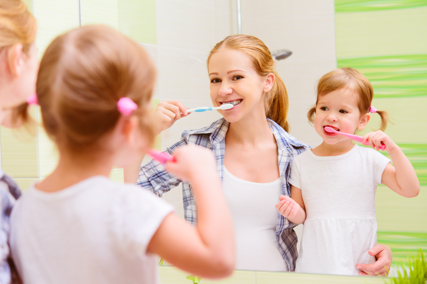 kids-brushing