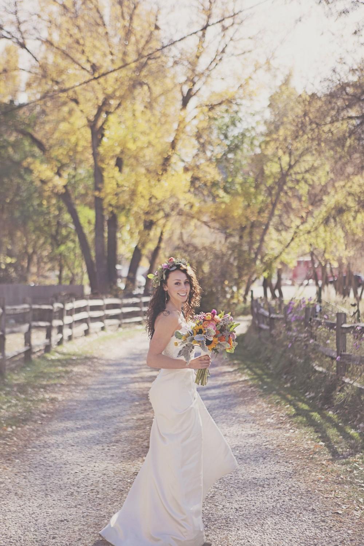 Outdoor Stunning Bride