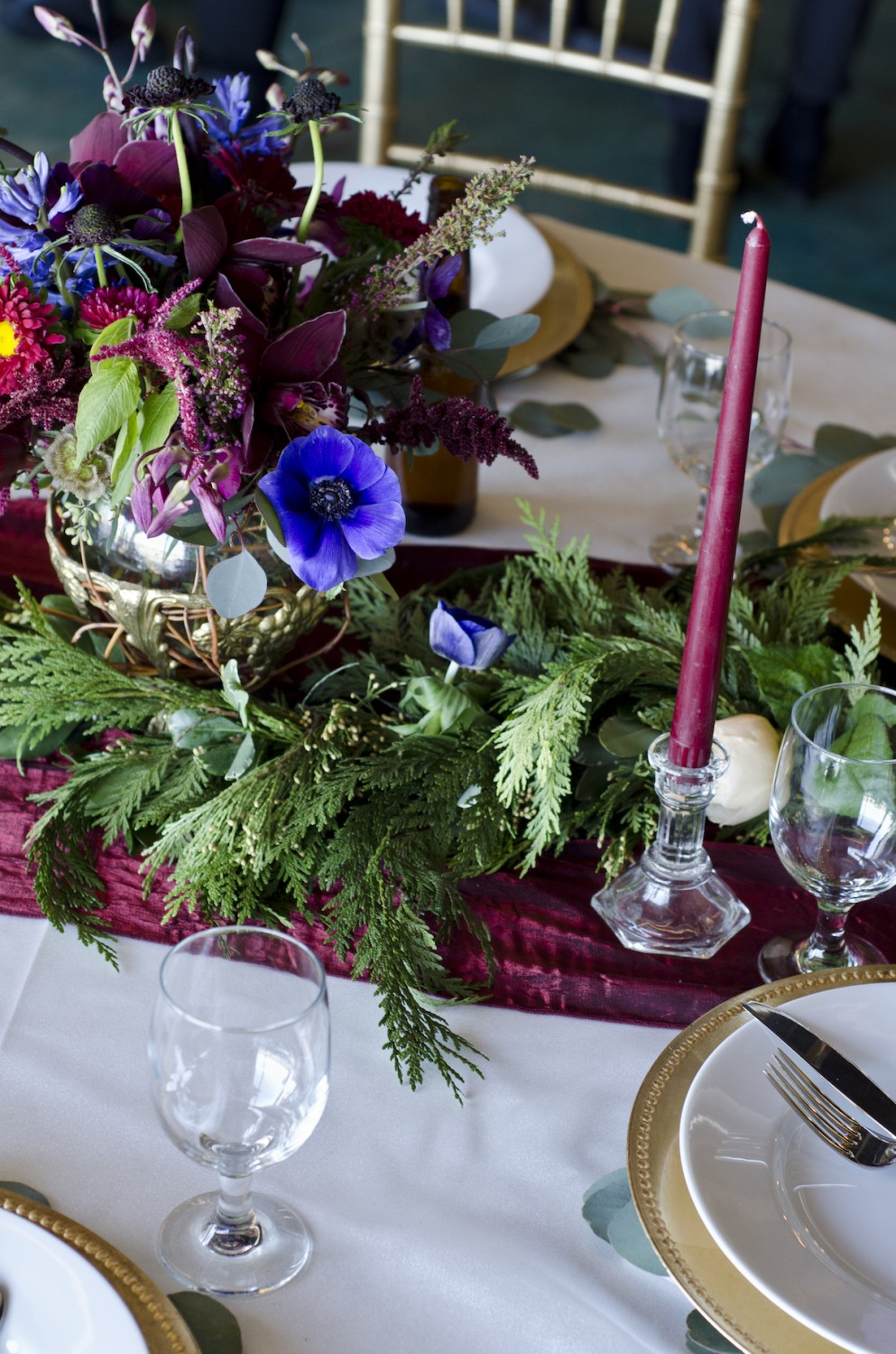 Stunning Table Setting by Fort Collins Florist Bliss