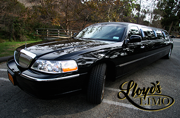 Lloyd's limo service black limo