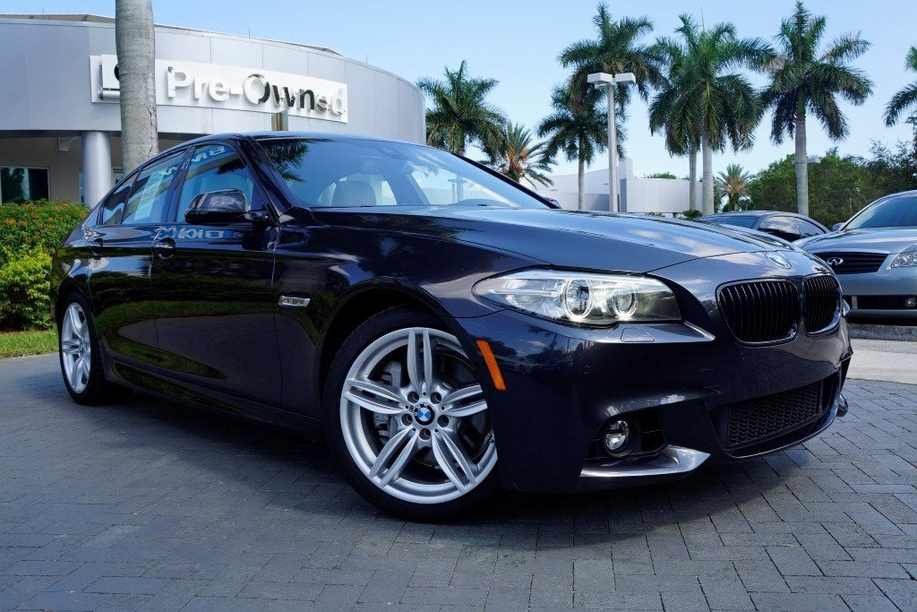 Black pre-owned BMW by CarData