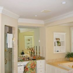 Lovely interior painting of a bathroom in South Carolina!