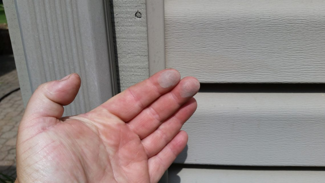How To Get Rid Of Oxidation On Vinyl Siding