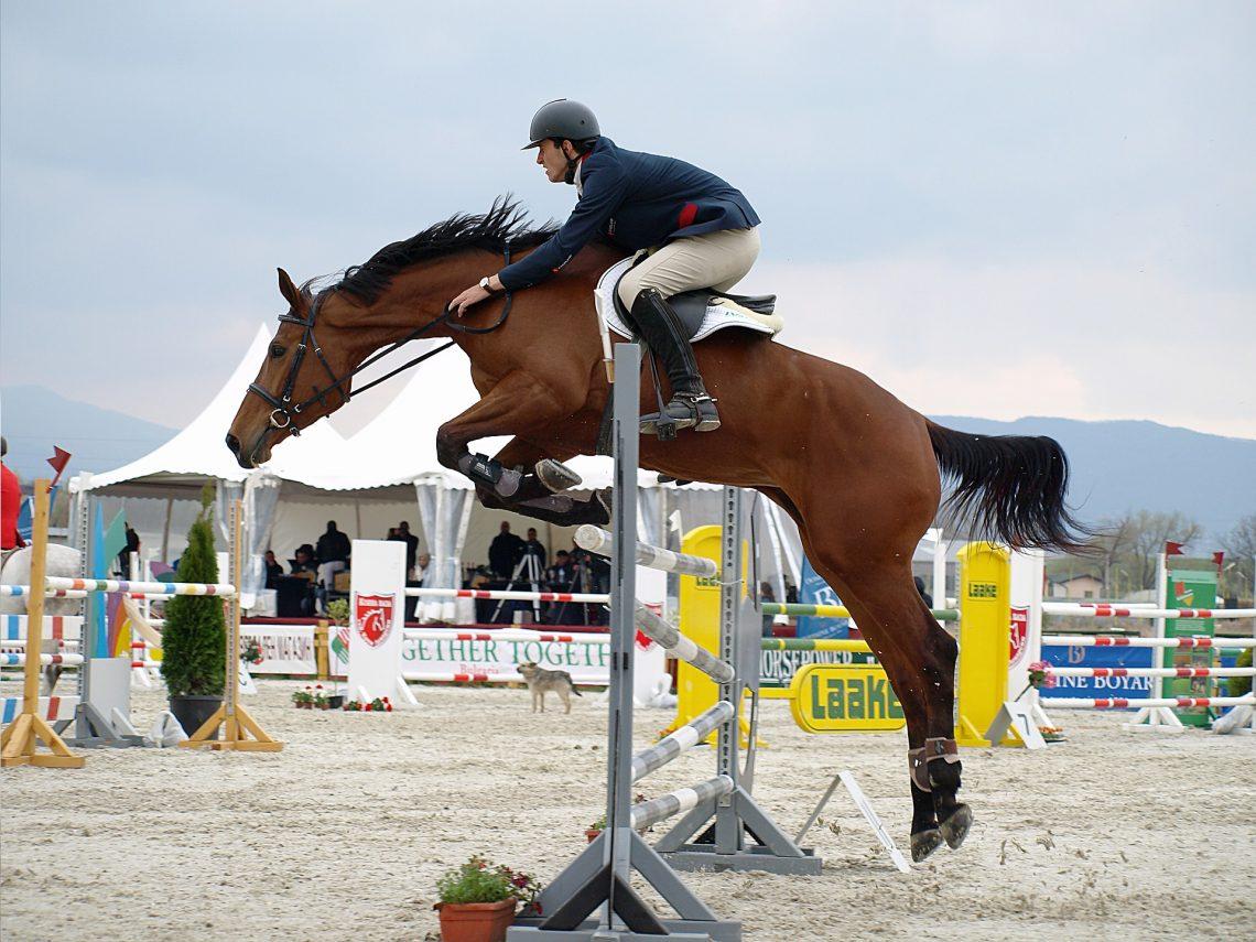 5 Healthy Diet Tips For Horseback Riders Clover Hill Farm