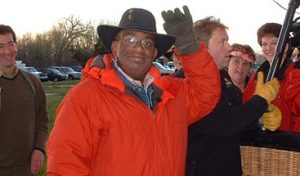 Today's Show Al Roker waves to the crowd