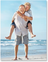 people with tendonitis or joint pain - couple on beach