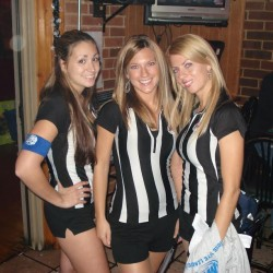 Waitresses at Crossroads Tavern & Eatery Restaurant and bar in Wood Dale