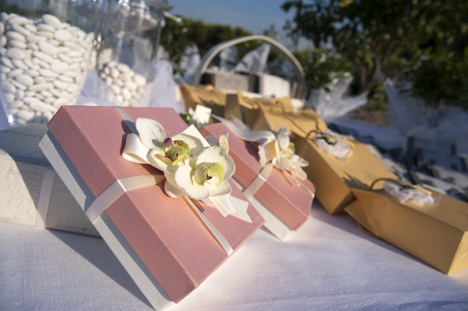 Wedding Favors Important Things You Need To Know - Crystal Ballroom BW