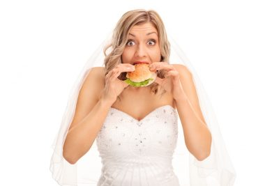 bride-eating-wedding-day