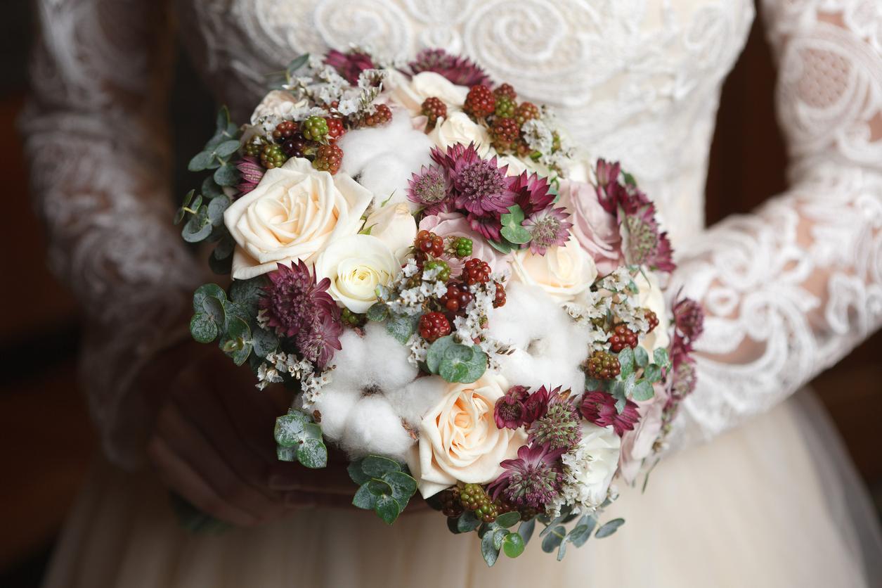 winter-bridal-flowers