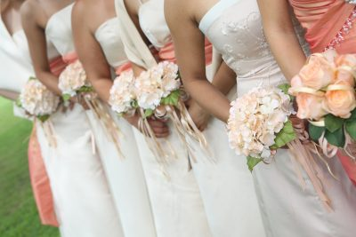 big-wedding-bridesmaids-flowers