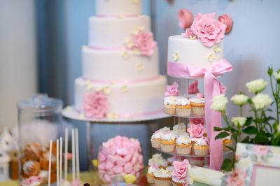 wedding-cake-treats