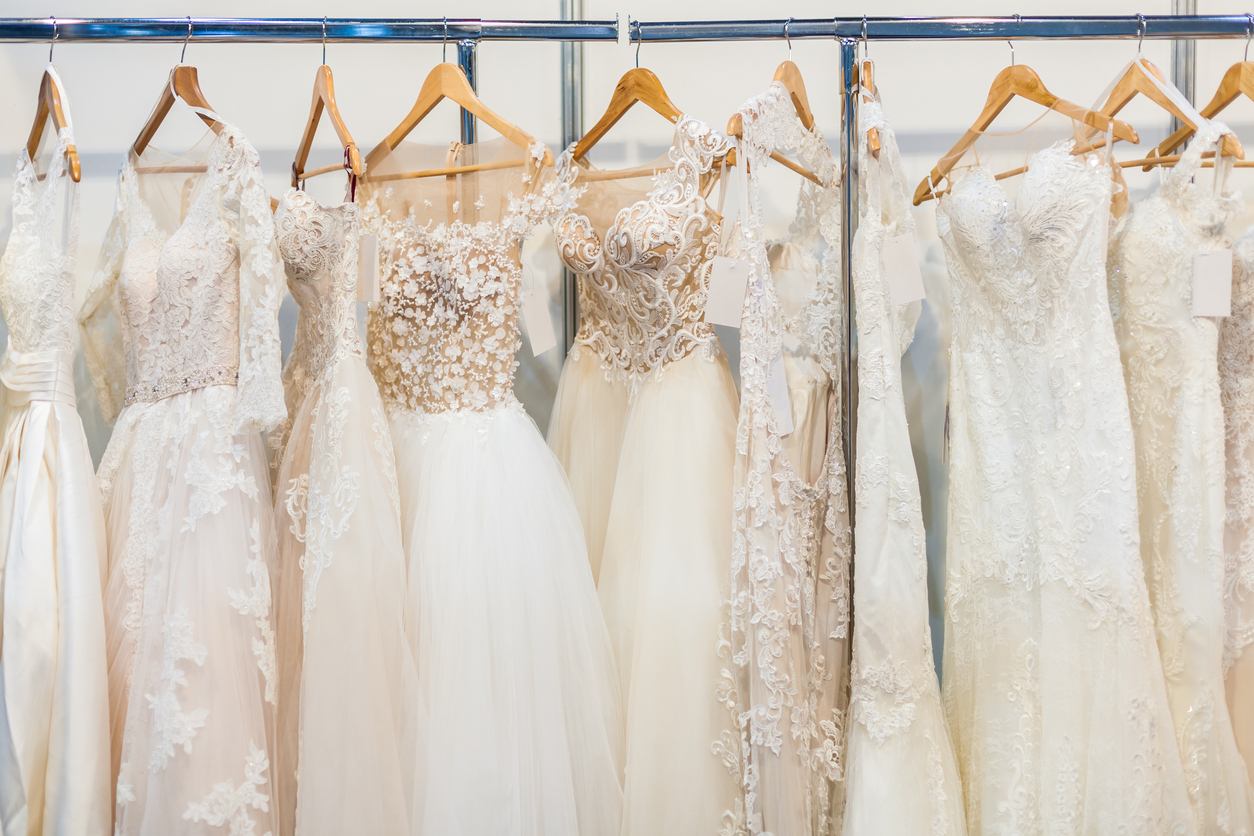 What Kind of Gown Should You Wear for Your Orlando Ballroom Wedding?