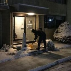 Cutting Edge Landscaping commercial snow shoveling service.