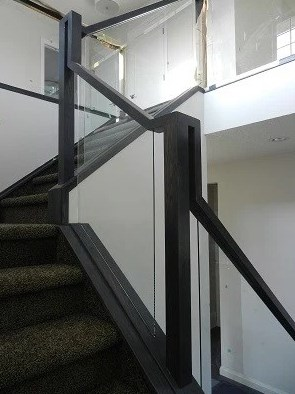 Railings with glass installed.