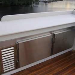 Yacht Wine Storage - Stainless Steel