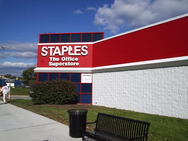 staples_06