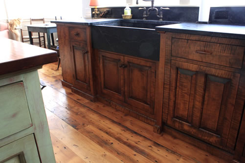 Custom Cabinet Builders - View This Stunning Maine Kitchen | D.R. ...